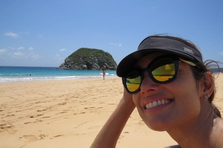 Patícia Poeta na Praia do Leão em Fernando de Noronha