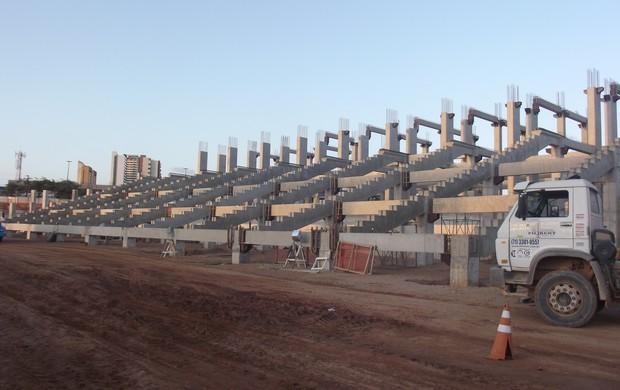 Setor Leste da Arena das Dunas (Foto: Matheus Magalhães/Globoesporte.com)