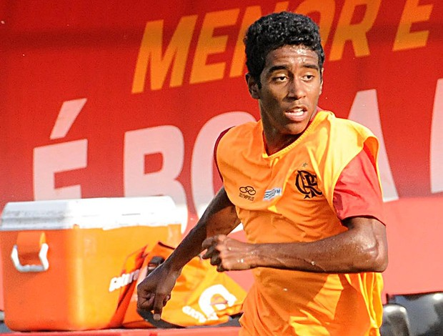 Gabriel no treino do Flamengo (Foto: Alexandre Vidal / Fla Imagem)