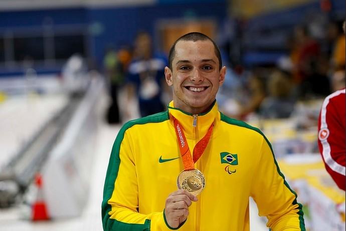 Caio Amorim, ouro na natação 400m livre S8 (Foto: CPB/Mpix)