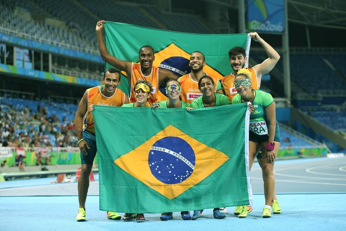 Revezamento 4x100m prata brasil terezinha guilhermina rio 2016 (Foto: Cezar Loureiro/MPIX/CPB)