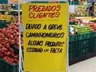 Consumidores lotam mercados do noroeste com medo de faltar comida
