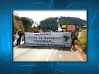 Manifestantes fazem ato em Minas e cobram moradias da Samarco