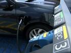 Rodovia de Jundiaí recebe posto de abastecimento de carros elétricos