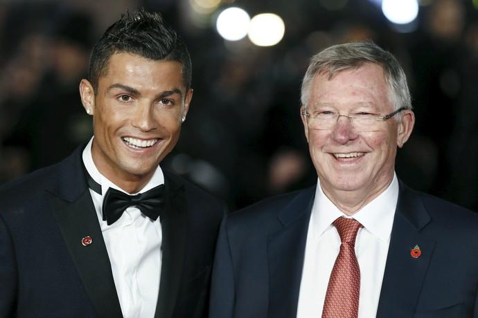 Cristiano Ronaldo Alex Ferguson tapete vermelho filme (Foto: Reuters)