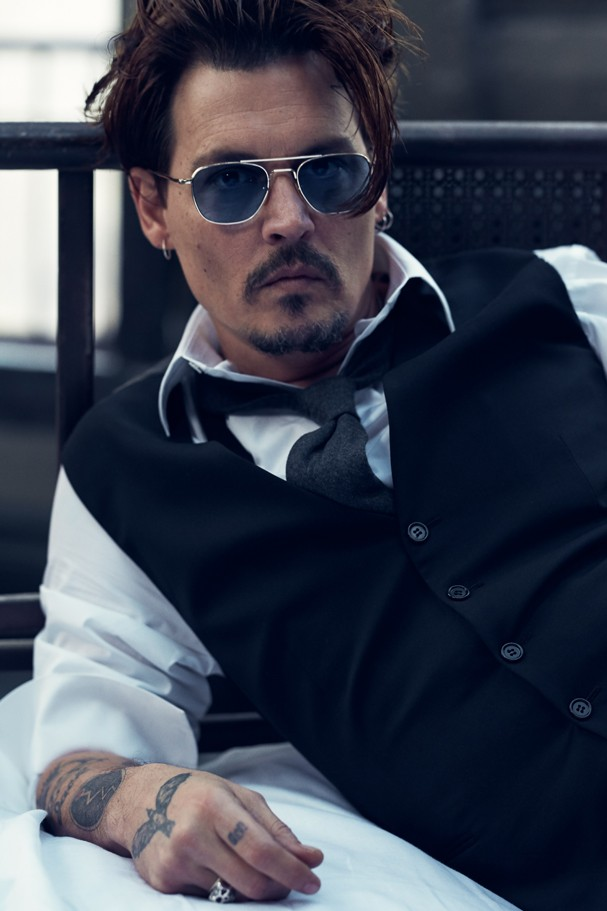 Johnny Depp posa para primeira campanha publicitária da carreira