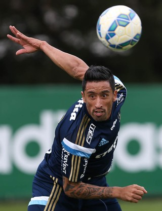 Palmeiras consolida a reformulação e torna realidade a disputa de ... c9f5f0e97a669