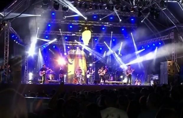 Este ano todas atrações do festivam acontem no Teatro Municipal (Foto: Reprodução/TV Anhanguera)