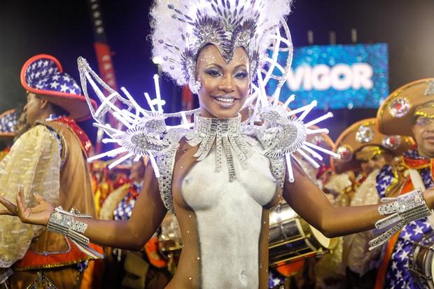 Luana Bandeira, a rainha de bateria da Viradouro  (Foto: Anderson Barros / EGO)