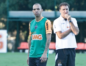 Diego Tardelli, Cuca, Atlético-MG, Cidade do Galo, treino (Foto: Bruno Cantini / Site Oficial do Atlético-MG)