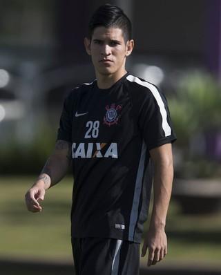 bcc305c6ad Lembra-se de Gustavo Vieira  Meia paraguaio aponta ponte forte do ...