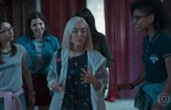 Ellen, Benê, Lica e Keyla se surpreendem com a chegada de Tina