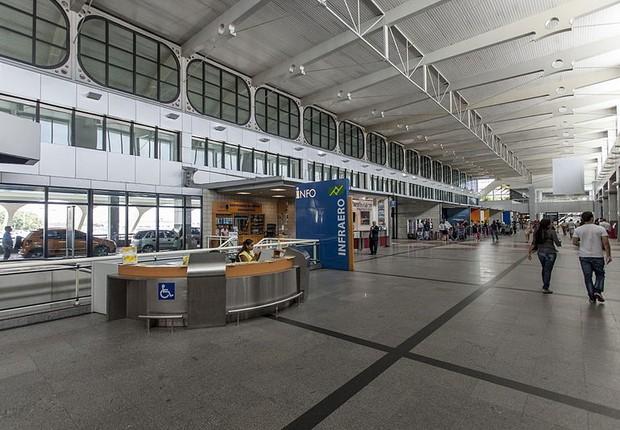 Balcão da Infraero no aeroporto de Salvador  (Foto: Portal da copa/Wikimmedia Commons)