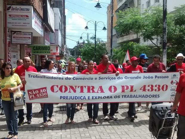 Passeata em João Pessoa (Foto: Diogo Almeida/G1)