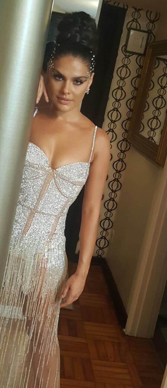 Paloma Bernardi pronta para o Baile da Vogue (Foto: Divulgação)