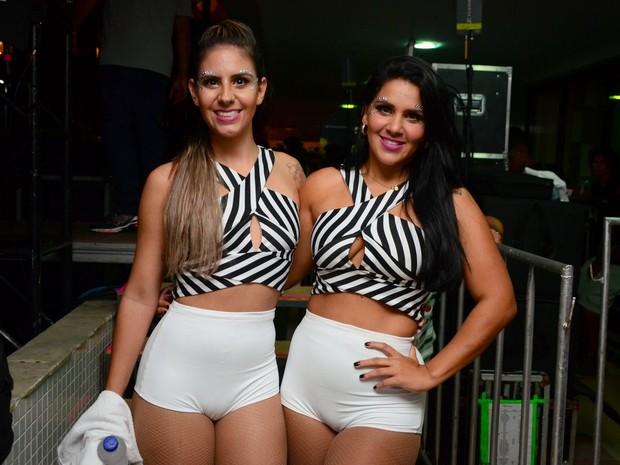 Novas dançarinas do É o Tchan em show em Salvador, na Bahia (Foto: Webert Belicio/ Ag. News)