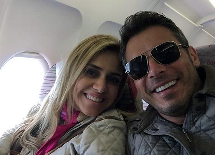 Fofos! Andreia e Luigi Baricelli estão casados há 23 anos (Foto: Arquivo Pessoal)