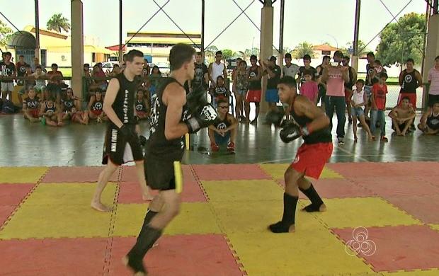 2º Encontro de Kickboxing faz parte do projeto Adrenalina (Foto: Bom Dia Amazônia)