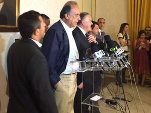 O governador do Rio, Luiz Fernando Pezão, deu entrevista coletiva nesta quarta (Foto: Marcelo Elizardo / G1)
