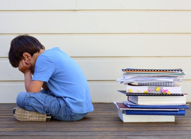 O que fazer quando a criança sofre demais com a volta às aulas? (Foto: Thinkstock)