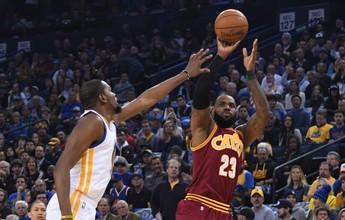 Segundo na NBA em minutos em quadra, LeBron James ignora o tempo