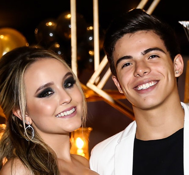 Larissa Manoela e Thomaz Costa (Foto: Manuela Scarpa/Brazil News)