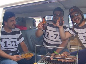 Trio viaja o Brasil na Kombora (Foto: Reprodução / TV TEM)