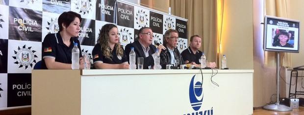 Entrevista coletiva ocorreu em Três Passos e apresentou inquérito do Caso Bernardo (Foto: Estêvão Pires/G1)