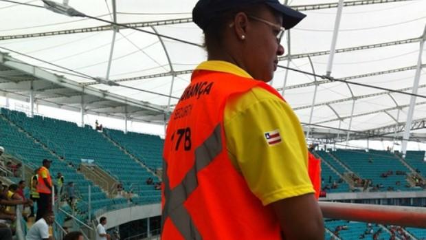 Segurança particular fonte nova (Foto: Carol Delmazo/Portal da Copa)