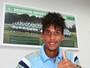 Palmeiras renova com Vitinho, promessa das categorias de base