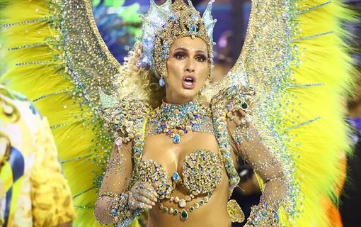 Lívia Andrade, rainha de bateria da Paraíso do Tuiti