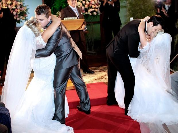 Gêmeas se casam na mesma cerimônia e serão vizinhas no Espírito Santo. (Foto: Timóteo Sodre/ Arquivo Pessoal )