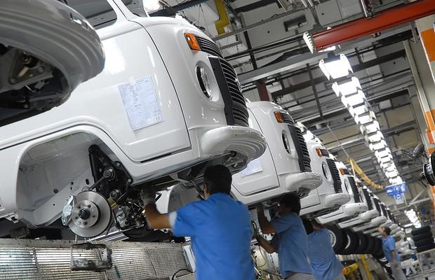 Linha de produção do Volkswagen Kombi em São Bernardo 2007 (Foto: Divulgação)