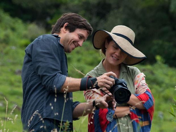 Adriana Esteves e Vladmir Brichta em cena do filme 'Rara beleza', de Jorge Furtado (Foto: Divulgação)