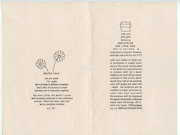 Yoko Ono Water Event (Evento Aquático), 1971. Convite e instruções para o Evento Aquático incluídos na exposição This Is Not Here (Isto não é aqui), Everson Museum of Art, Syracuse, Nova York, 1971. Offset sobre papel, Coleção Particular  (Foto: ©Yoko Ono)