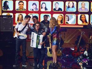 Luan e Forró Estlizado no SuperStar  (Foto: Camila Serejo/TV Globo)