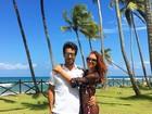 Marina Ruy Barbosa comemora  aniversário de namoro na Bahia