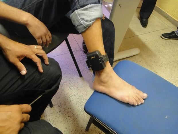 Presos usam tornozeleiras pela primeira vez, no Espírito Santo (Foto: Divulgação/ Sejus)