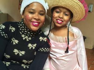 Mãe e filha comemorando a fetsa junina (Foto: Daniela Alves/Arquivo Pessoal)