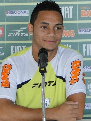 Bryan, lateral-esquerdo do América-MG (Foto: Gabriel Medeiros / Globoesporte.com)