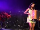 Show de Lucy Alves reúne milhares de pessoas em praia de João Pessoa