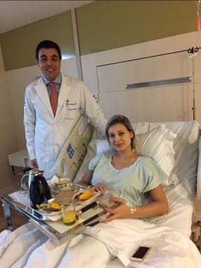 O médico Felipe Tosak e Andressa Urach (Foto: Arquivo pessoal)