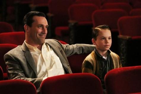 Jon Hamm e Mason Vale Cotton em cena de 'Mad Men' (Foto: Divulgação)