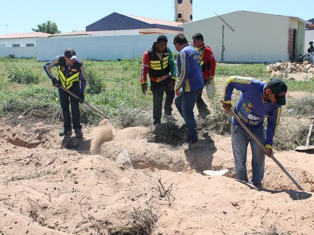 A área foi ocupada há 90 dias por 364 mototaxistas em Petrolina-PE (Foto: Emerson Rocha/GloboEsporte.com)