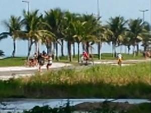 Vítimas entraram em confronto contra criminosos em Praia Grande (Foto: Reprodução / G1)