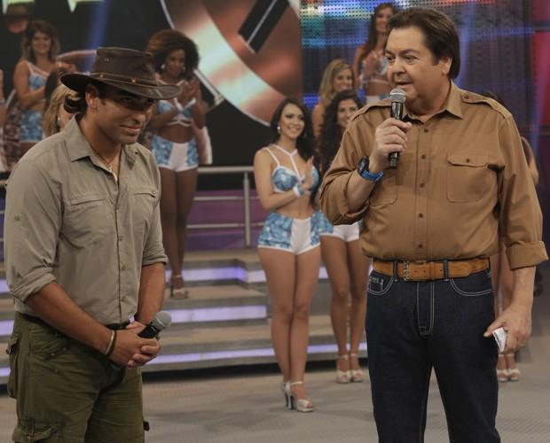 Domingão Aventura mostra captura de jacaré (Foto: Fábio Rocha/TV Globo)