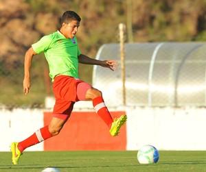 Guilherme Náutico (Foto: Aldo Carneiro / Pernambuco Press)