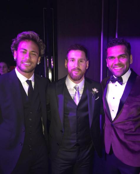 Neymar, Messi e Daniel Alves (Foto: Reprodução/Instagram)