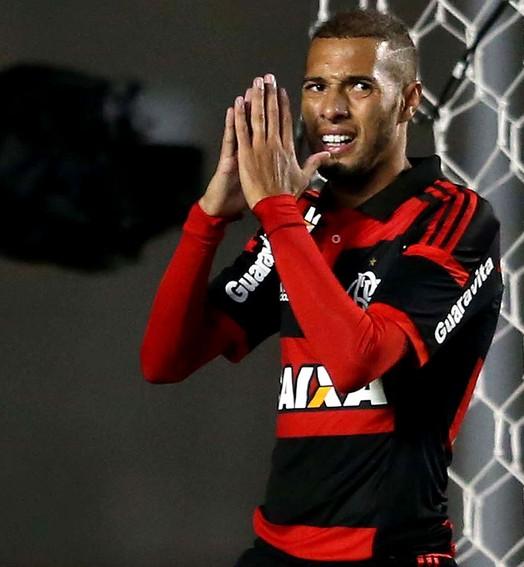 vai, Paulinho (Marcos Ribolli / Globoesporte.com)