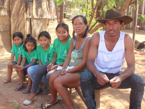 Casal tem outras quatro meninas (Foto: Gabriela Pavão/ G1 MS)